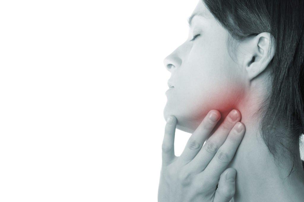 Шейный лимфаденит у взрослых: симптомы, код по МКБ-10 и лечение