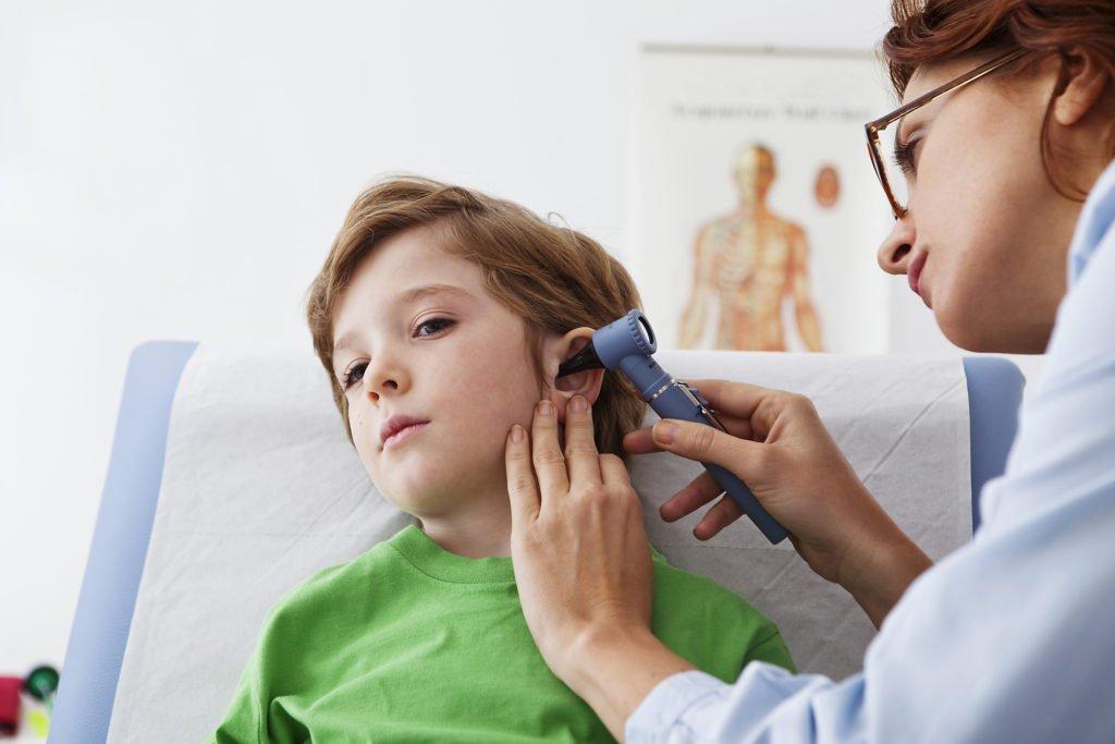 Диагностика при воспаленных лимфоузлах за ухом