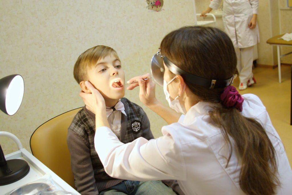 Причины увеличения подчелюстных лимфоузлов у детей