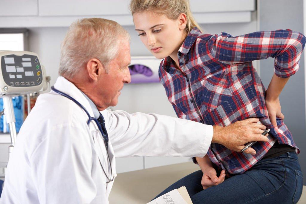 Не рекомендуется заниматься самолечением при болях в селезенке
