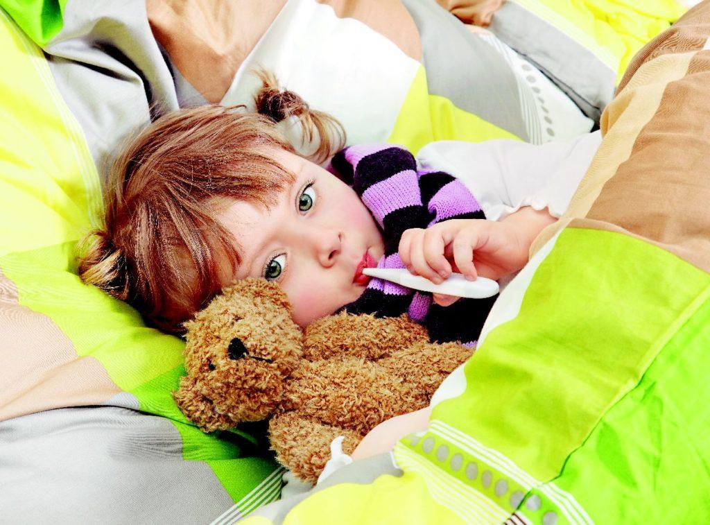 Причины увеличения лимфоузлов за ухом у ребенка