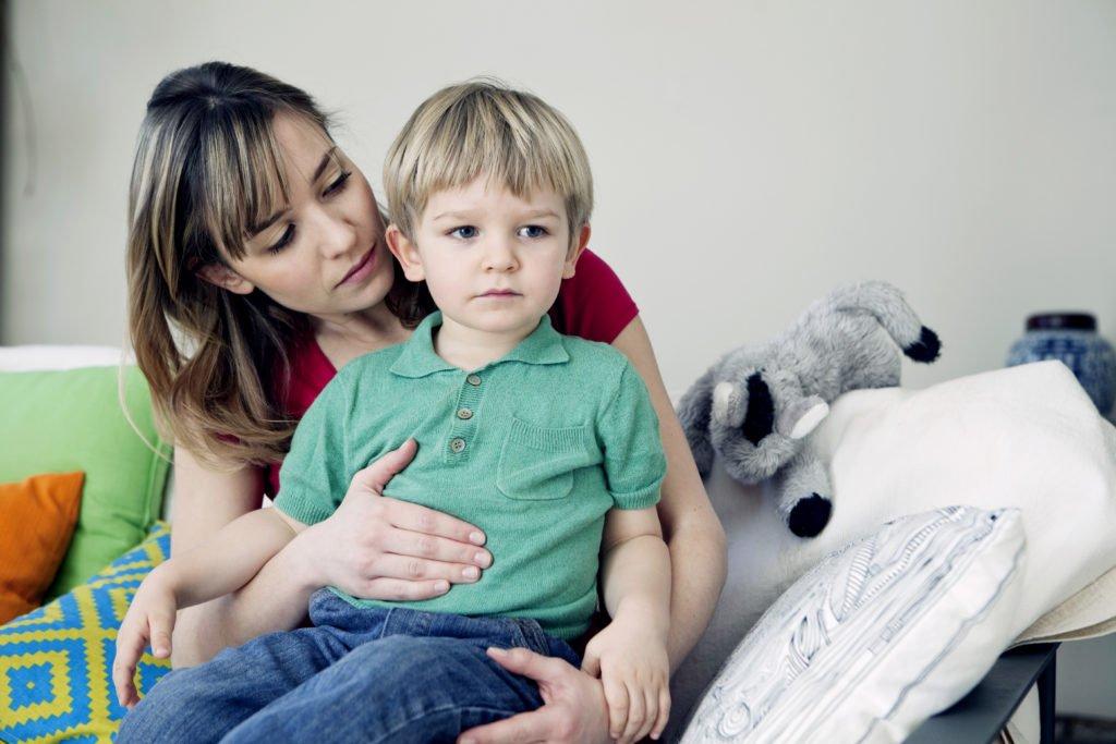 Увеличены лимфоузлы в брюшной полости у ребенка: симптоматика и причины, диагностика и лечение