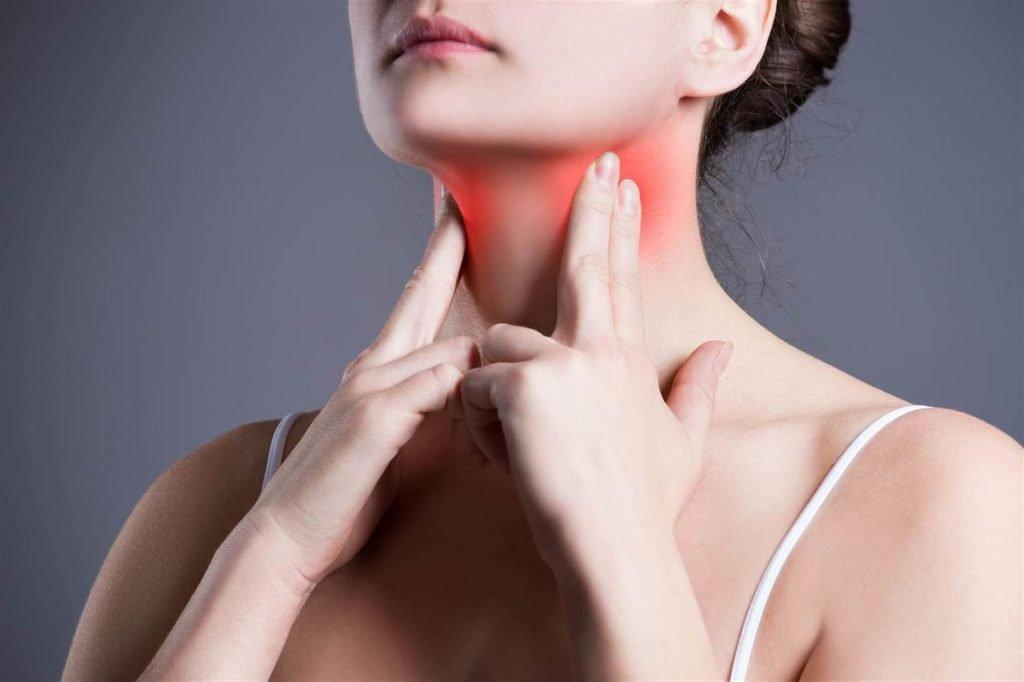 Шишка на миндалине: причины появления и методы лечения новообразования на гланде