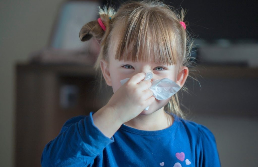 Чем опасен и как лечить гнойный аденоидит у детей?