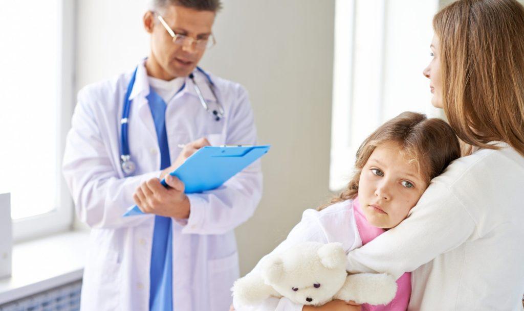 Когда нужна операция по удалению аденоидов у детей